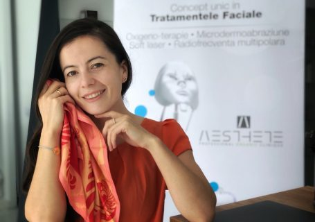 2-în-1 tratament facial à la Hollywood & deviație de sept