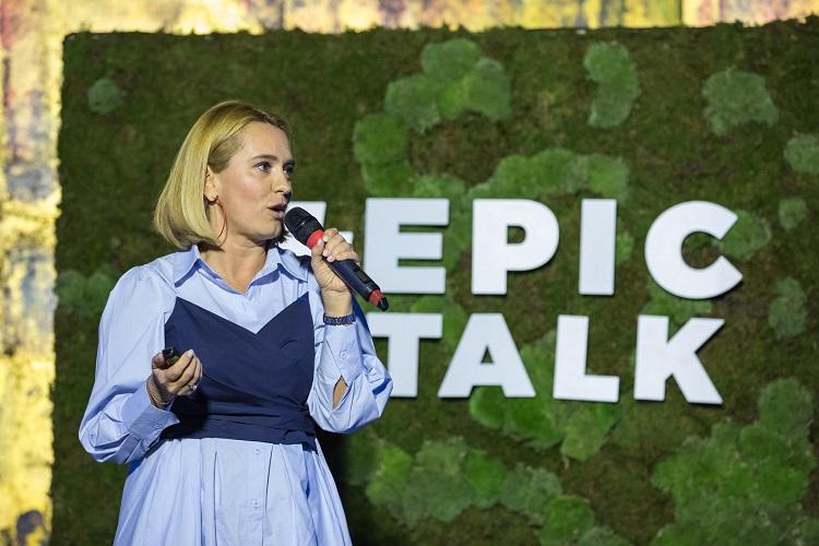 """""""Am făcut din profesia mea o religie!"""" #EpicTalk cu Andreea Esca"""
